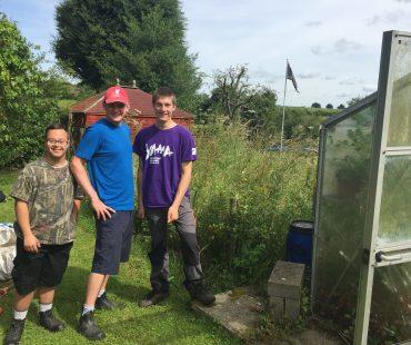 gardening team boys